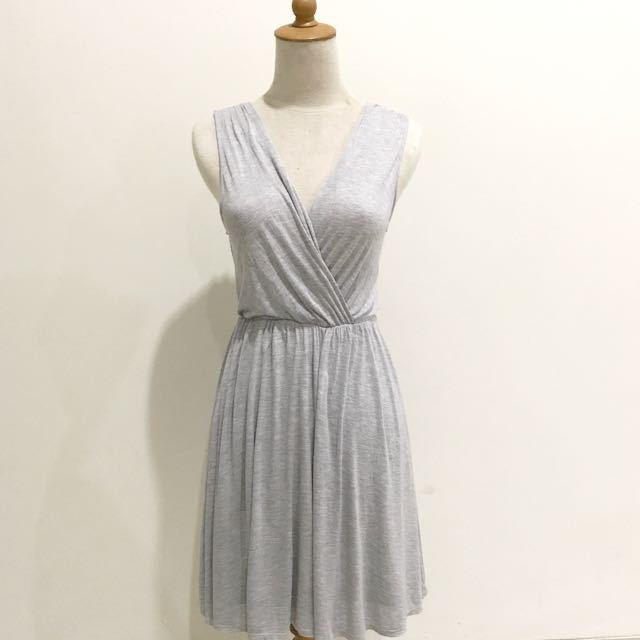 Forever21 loose v dress