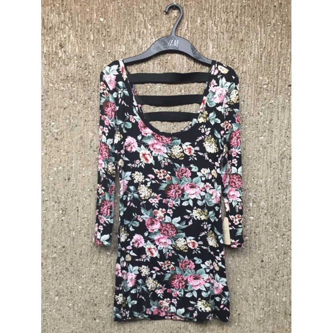 Forever 21 Floral Dress BRANDNEW