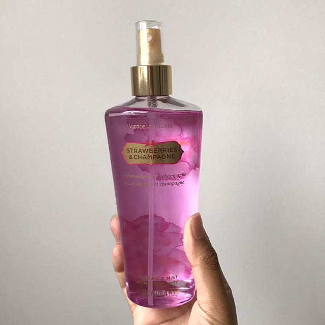 FREE POSTAGE Victoria's Secret Fragrance Mist