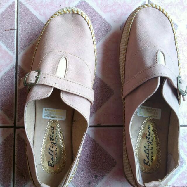 Gratica ballistic shoes