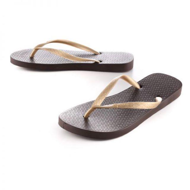 Ipanema Classica Tan Female Flip Flops