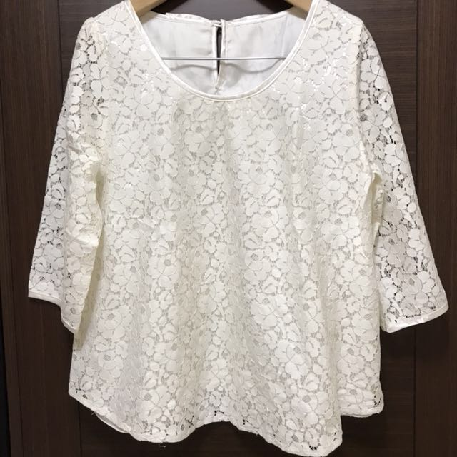 LISA LISA米杏蕾絲七分袖上衣M碼