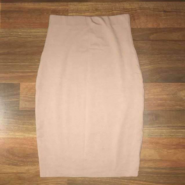 Luck and trouble nude skirt size 6