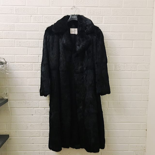 LUXE Vintage Black Fur Coat - Medium