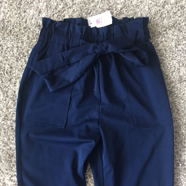 Mendocino high waisted pants brand new small