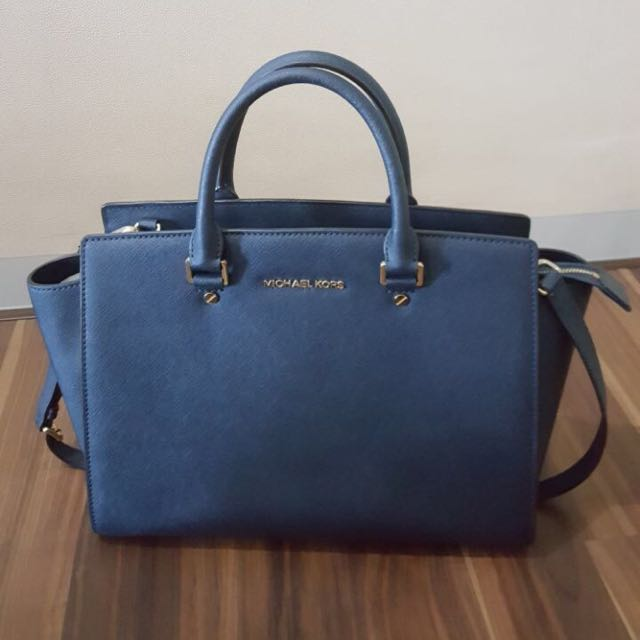 Michael Kors Authentic Large Size