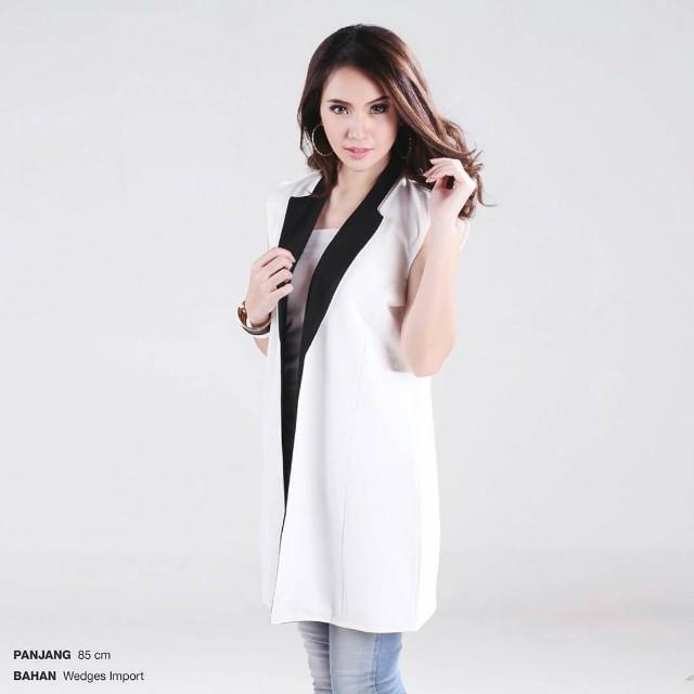 Mono blezer white and black