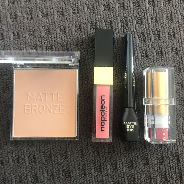 Napoleon Makeup