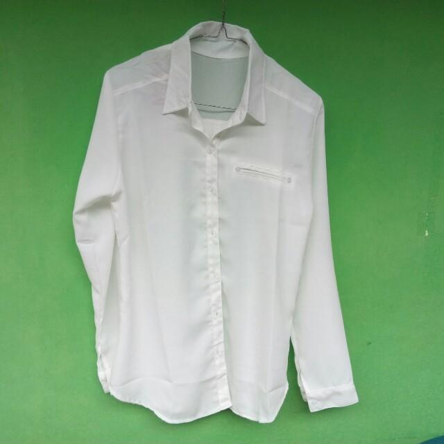 New Kemeja Putih fit to L