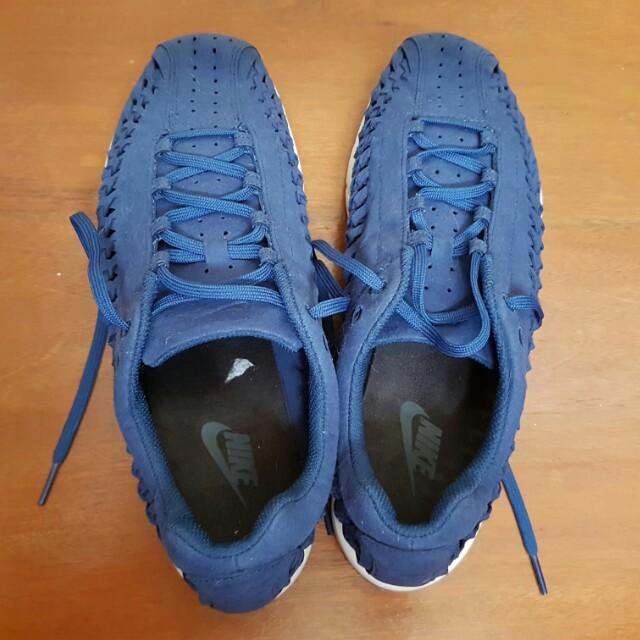 Nike Mayfly Men size 9 /44