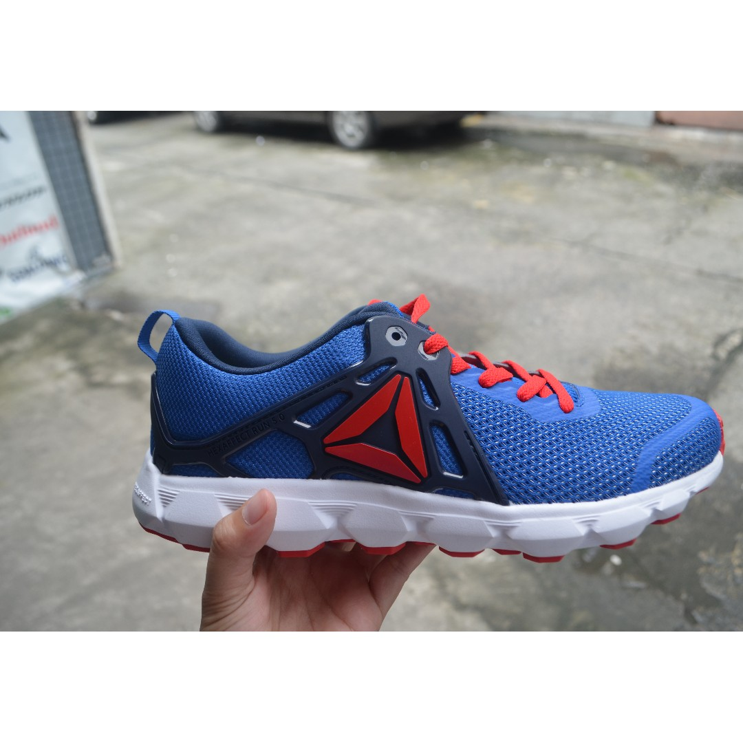 324ad6c9f Original Reebok rubber shoes on Carousell