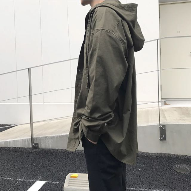新款oversize軍綠連帽外套