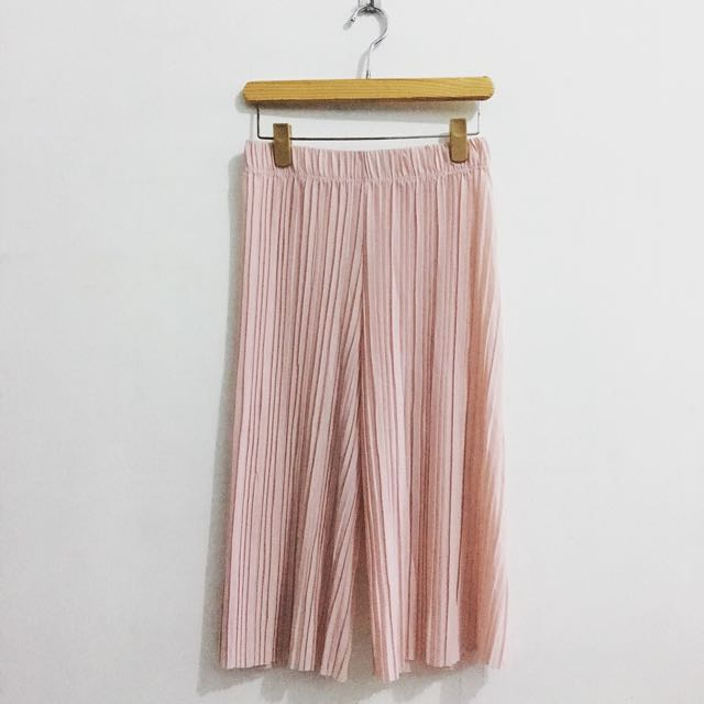 Pleated Square Pants in Pink