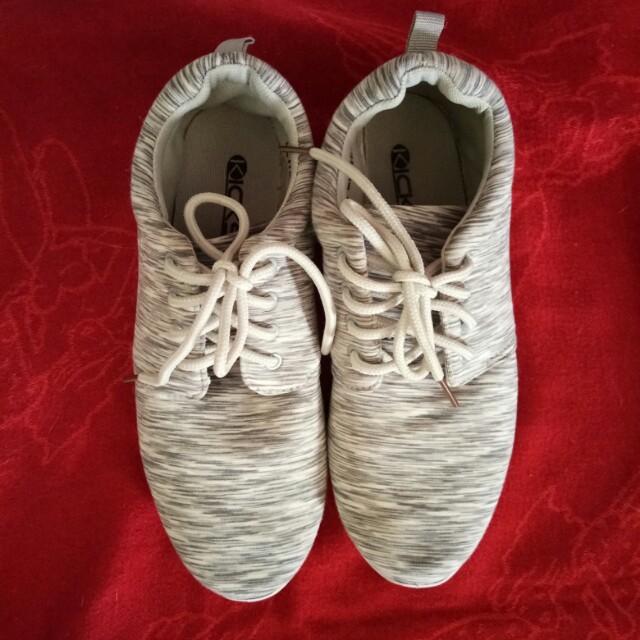 Preloved Kicks