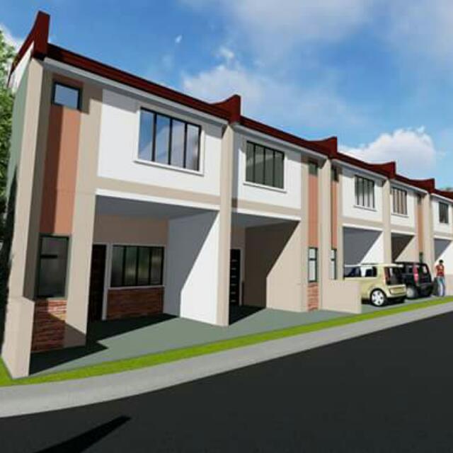 RCD Villas Trece w/ Parking Townhouse
