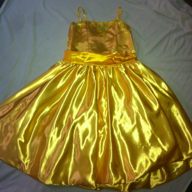 Rent Yellow party dress/gown for kids