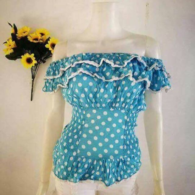 Repriced! Cute Polka Off Shoulder Blouse
