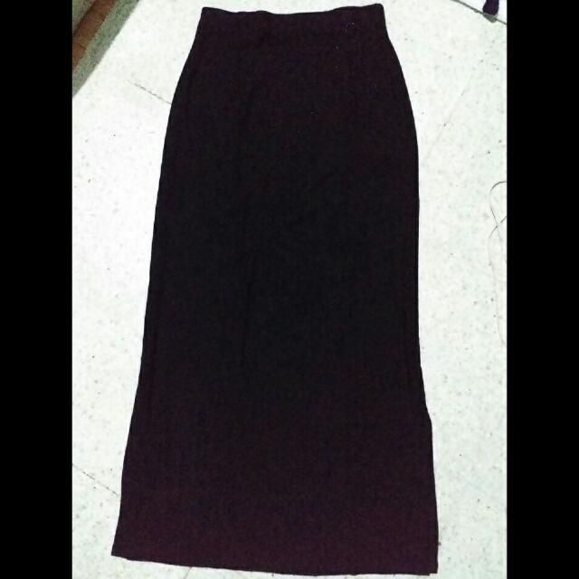 rok panjang hitam