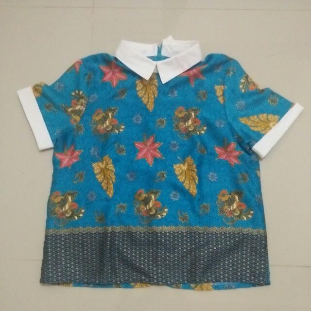 Sateen Batik Tops