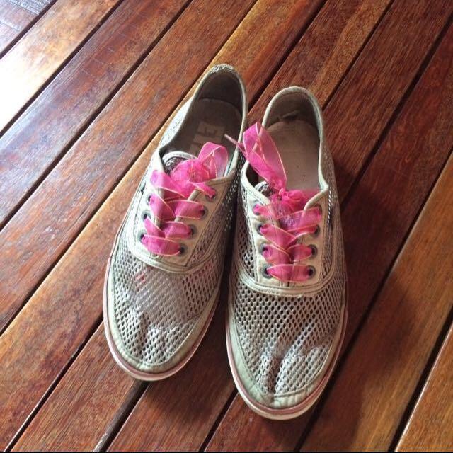 Sepatu Everlast