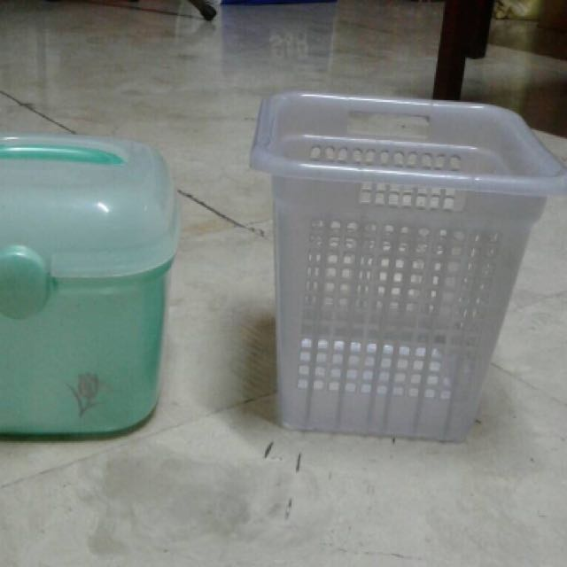 Small utility containers
