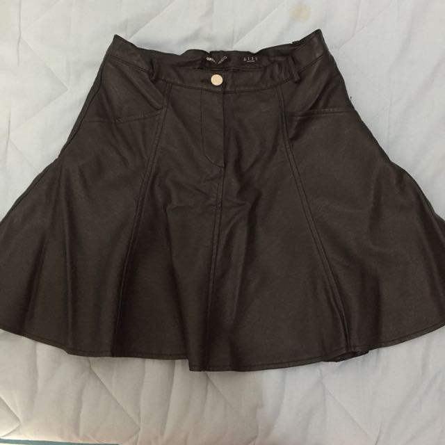 suit blanco leather skirt size s