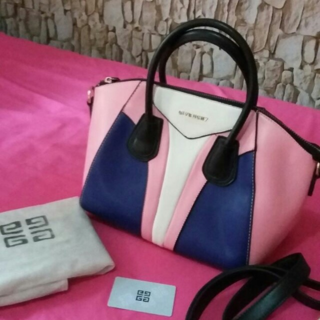 TAS GIVENCHY SECOND