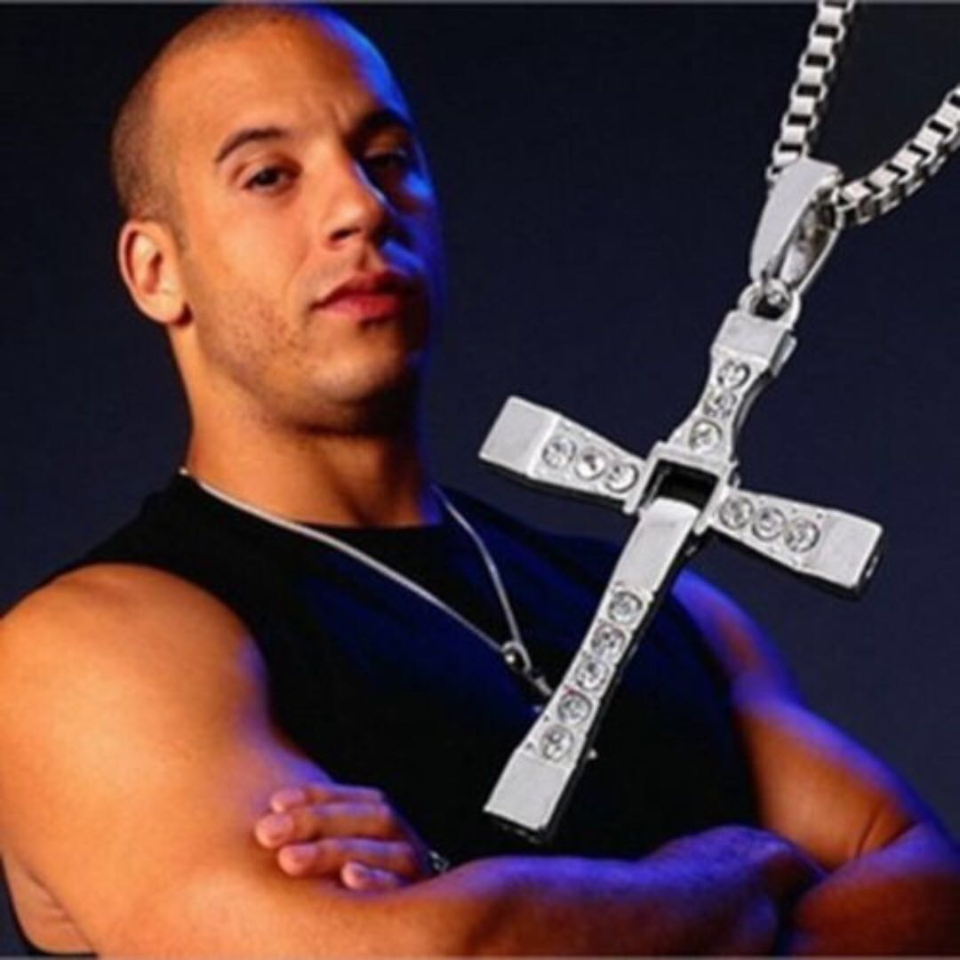 The Fast And Furious Vin Diesel Cross Pendant Necklace and Chain Dominic Toretto
