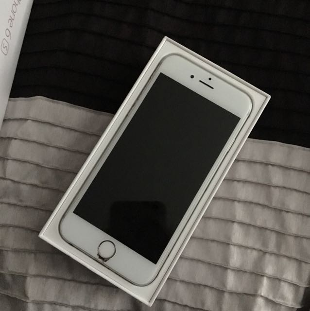 Used IPhone 6; silver