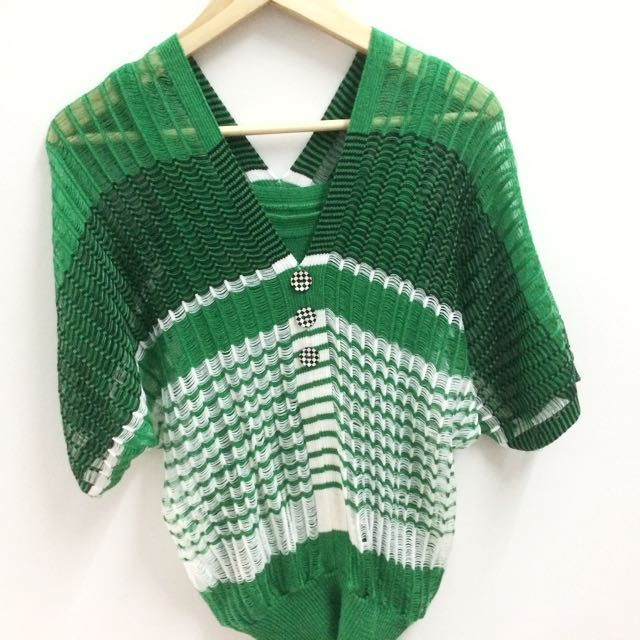Women green tops inner and outerwear