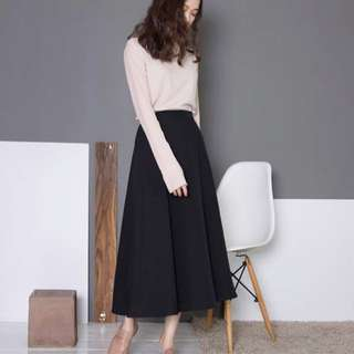 Intique Korean style black skirt