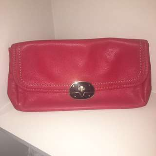Tommy Hilfiger clutch (leather)
