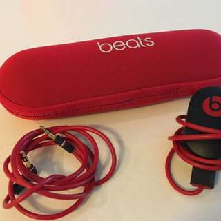 Beats by Dr. Dre Pill 2.0 Bluetooth Speaker