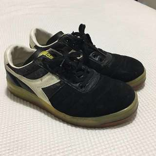 Diadora Size 8 Shoes