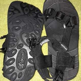 Sandugo Trekking Sandals