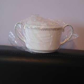 BNIB Vera Wang Wedgwood Grosgrain Covered Sugar Bowl
