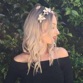 Lovisa gold flower headband