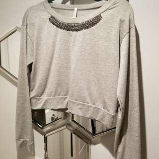 8/10 Mendocino brand crop top large grey