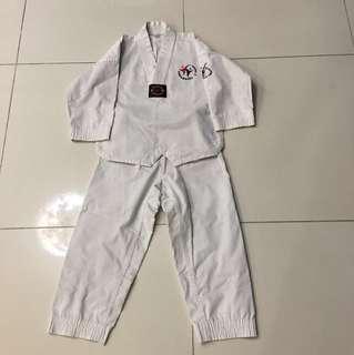 Taeknowdo uniform size 120