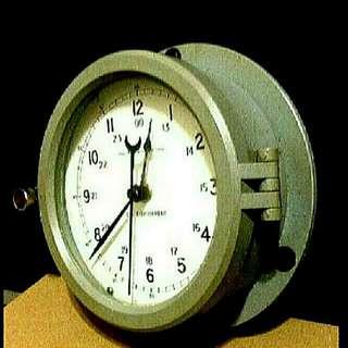 美國海軍鋼船鐘