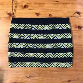 Bandage geometric patterned skirt