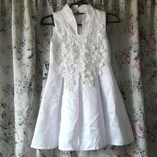 White Dress 4T