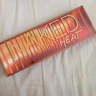 Authentic Urban Decay Naked Heat Palette