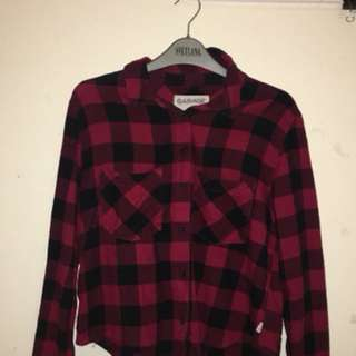 Garage Cropped Flannel