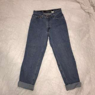 Levi Highwaisted Vintage Mom Denim Jeans Size 29