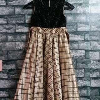Girl dress (6years old)