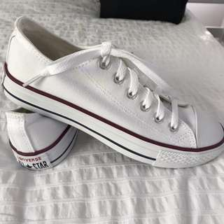 Converse All Star White with red line