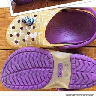 Violet kids crocs