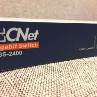🚚 CNet 24 port Gigabit switch