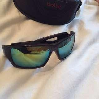 Genuine men's Bollè sunglasss